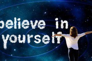 Comment développer sa confiance en soi grâce à son apparence